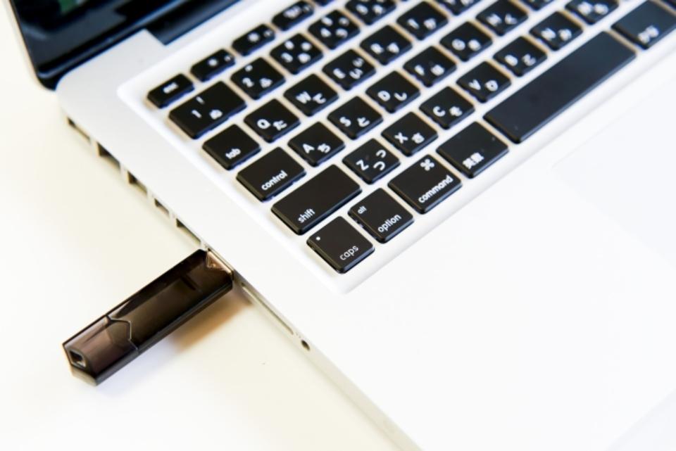 USBメモリの寿命はどのくらい?長寿命のおすすめUSBメモリも紹介
