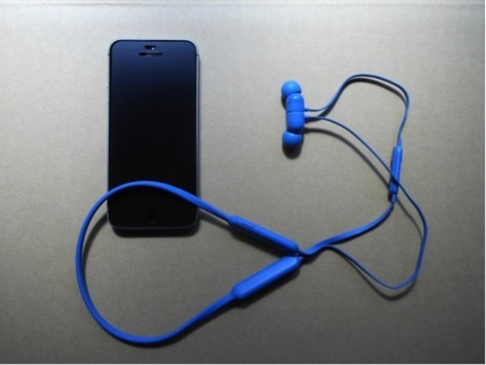 【「音像全域のバランス最重視」型ワイヤレスイヤホンBeatsX(Beats X) 】