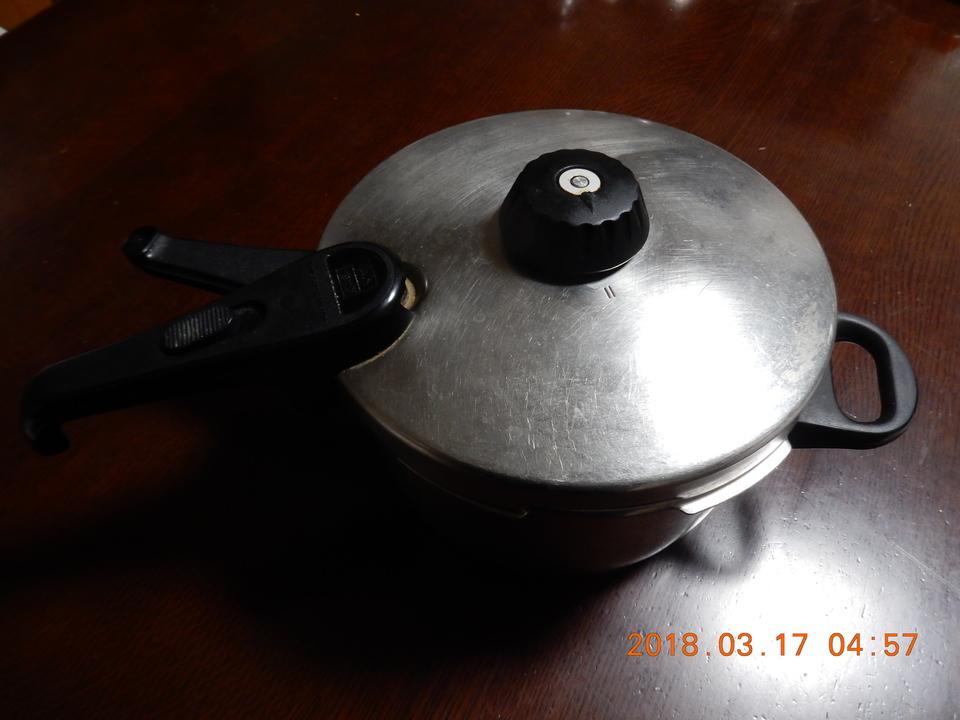 圧力鍋の仕組みや原理について徹底解説!温度と圧力の関係は?