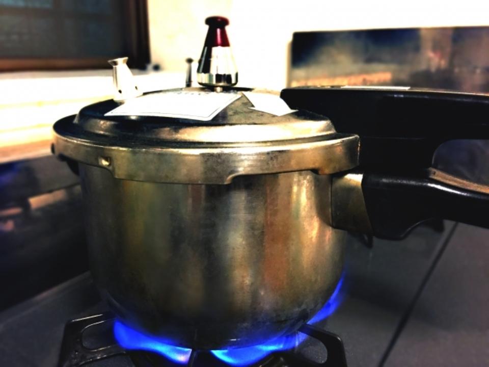 ニトリの圧力鍋の評判や口コミを徹底紹介!ニトリの圧力鍋の特徴は?