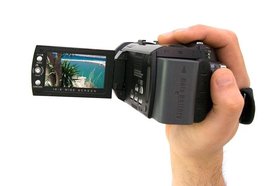 ビデオカメラの寿命を解説!ソニーやビクターのバッテリーの寿命は?