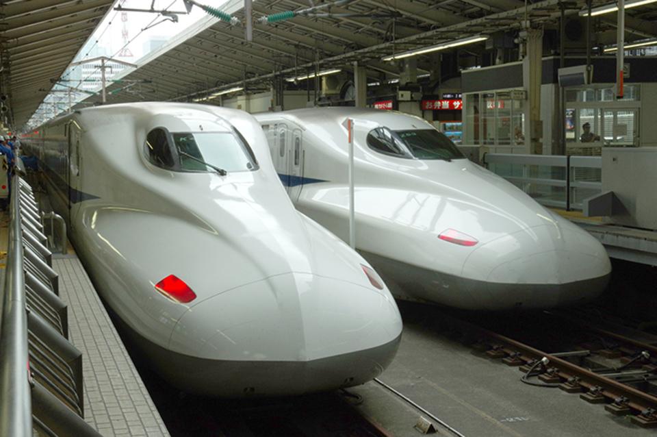新幹線のトイレにウォシュレットは付いている?付いている車両を解説