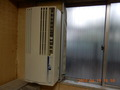 窓用エアコン(ウインドエアコン)とは? 取り付け、設置方法、電気代を解説!
