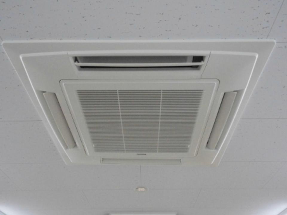 エアコンの「LMH」とは?一括空調のメリット・デメリットも解説