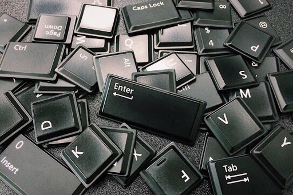 キーボードの寿命は何年?ワイヤレスやノートパソコンのキーボードも