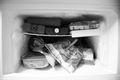 冷凍庫が臭い?臭いの原因や対処法など冷凍庫の臭いを徹底解説!