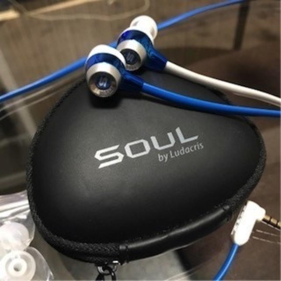 【イヤホンでこんなに太い低音が聞ける!?SOUL by Ludacris SL99】