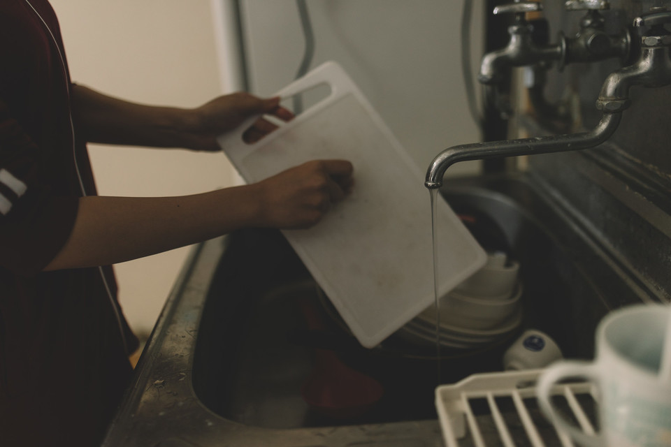 一人暮らしにおすすめの食洗器9選!選び方から必要性などを解説
