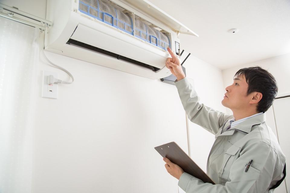 エアコン掃除業者の選び方!おすすめの業者や業者に頼むメリットデメリットなど