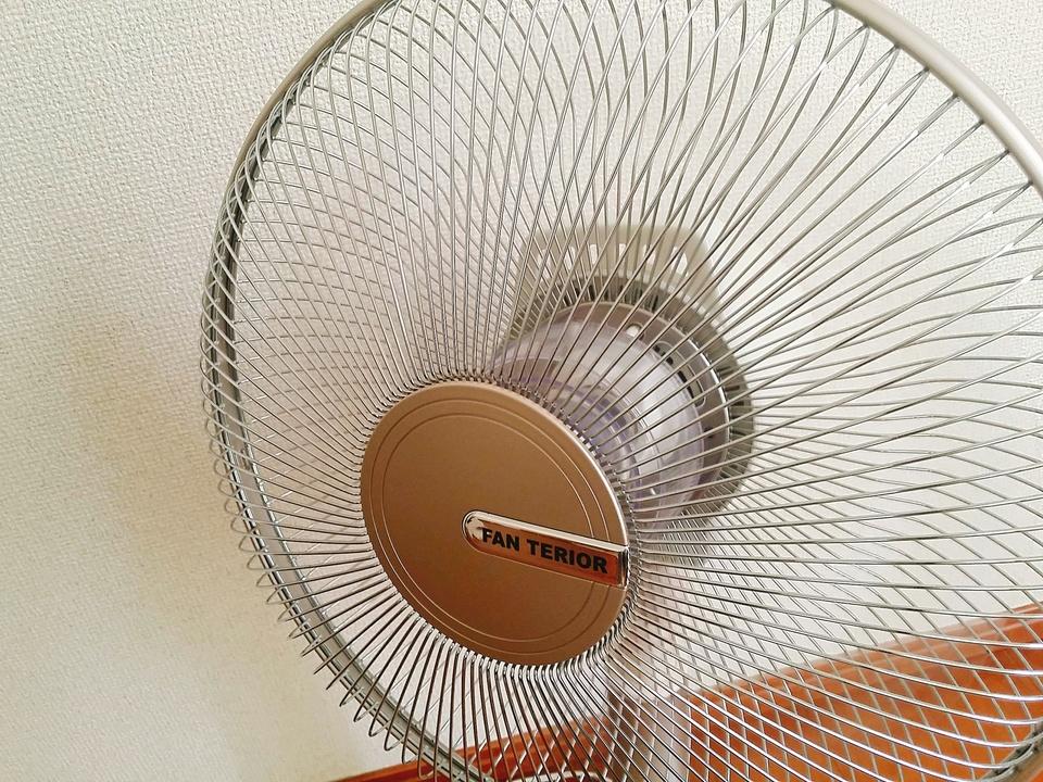扇風機の掃除方法を解説!理想の頻度や掃除が少なくて済む扇風機も紹介