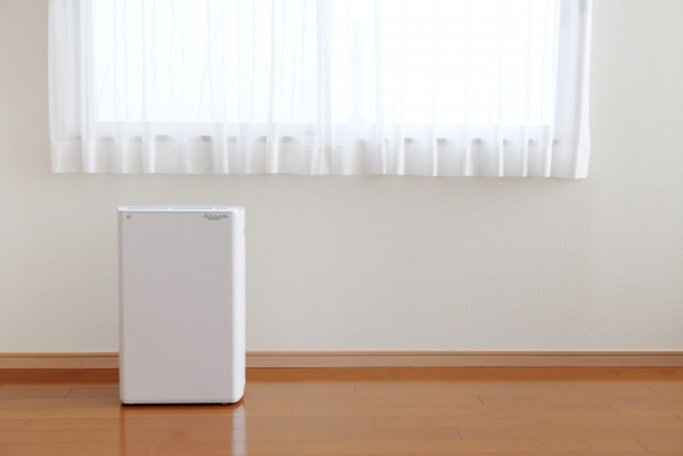 除湿機の電気代はどのくらい?年間の電気代算出方法とおすすめ除湿機をご紹介!