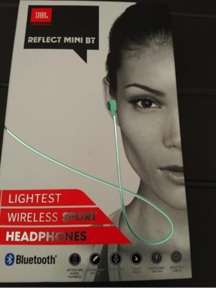 【JBL REFLECT MINIは初めてのワイヤレス体験にピッタリ!】