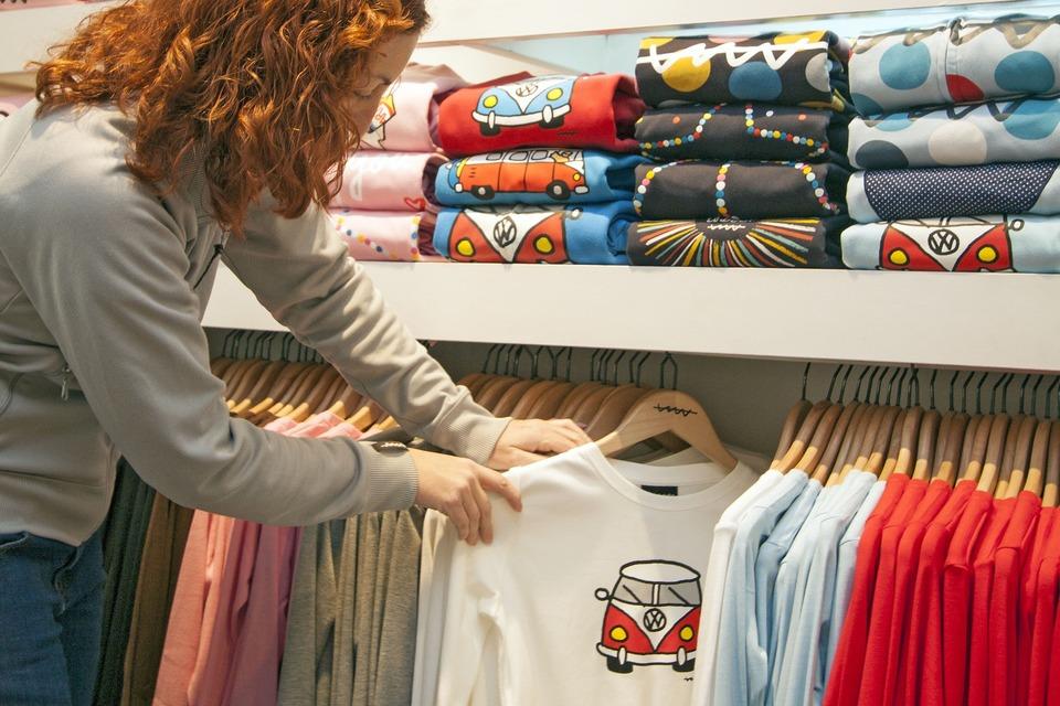 アイロンプリントシールで自作オリジナルTシャツが作れる⁉