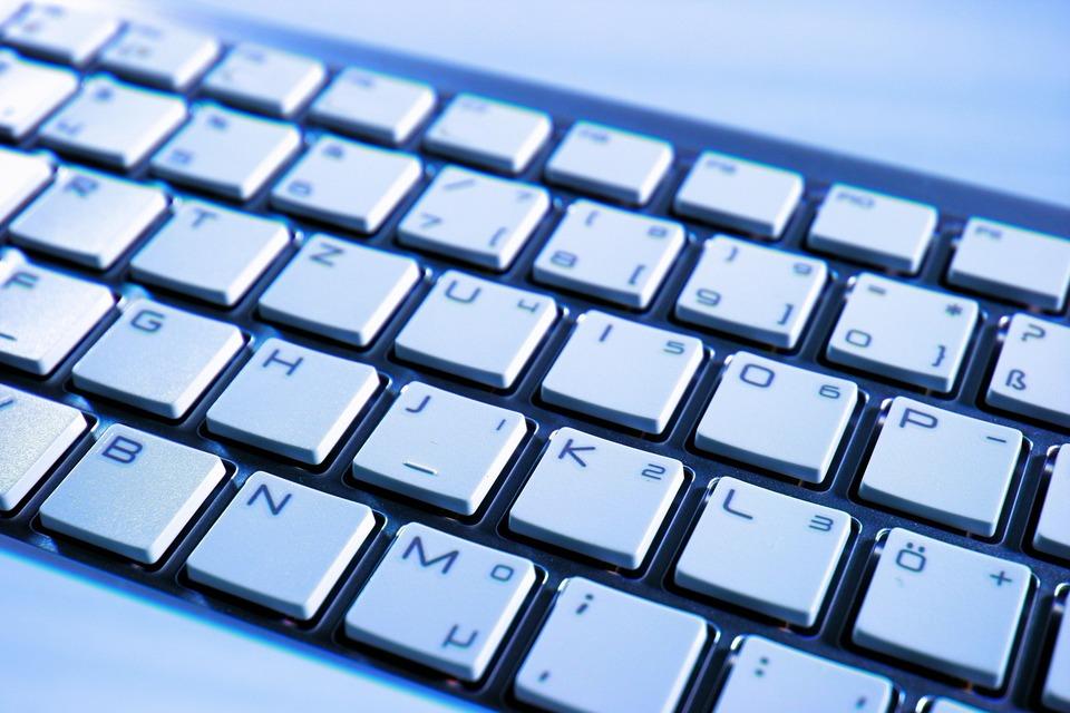 【用途別にご紹介】仕事もはかどる!おしゃれなキーボードのオススメはこれ!