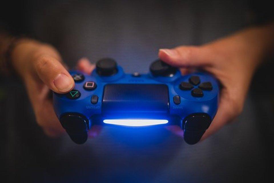 PS4のマイクやイヤホンについて!Bluetooth接続についても紹介