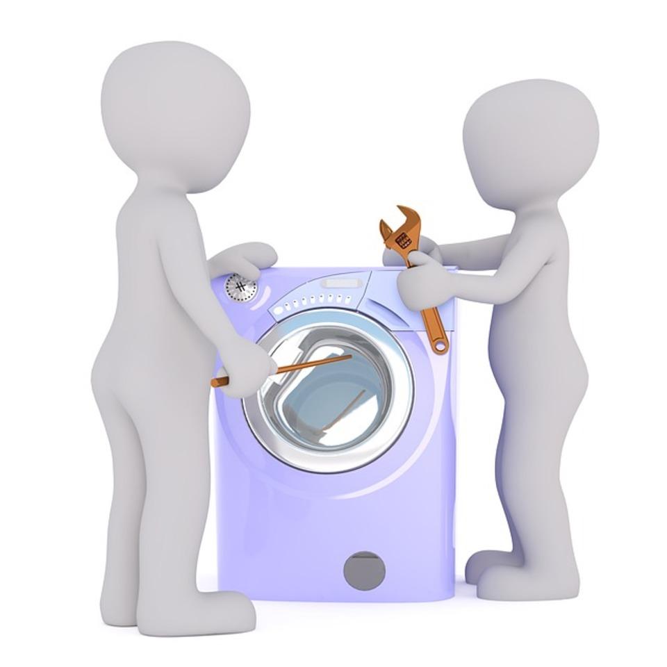 洗濯機の排水ホースから水漏れ!考えられる原因と対処法は?