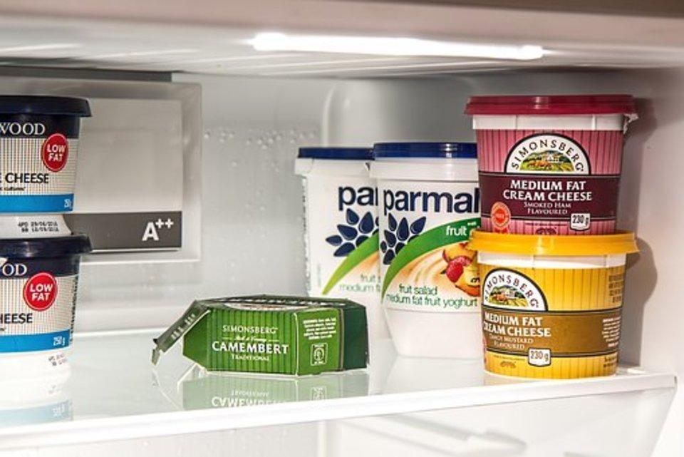 冷蔵庫の霜取りをしよう!自動霜取り機能とは?