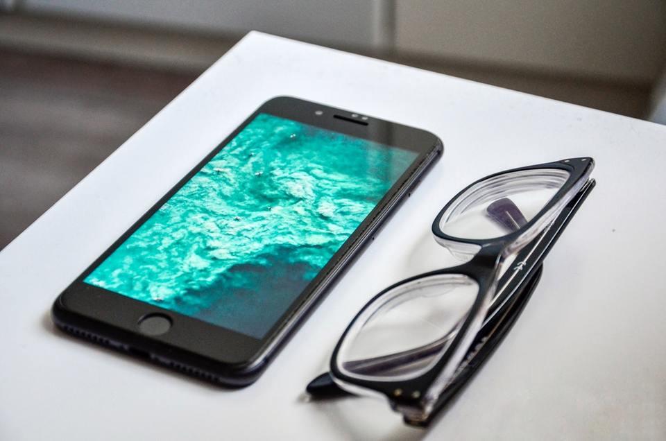 スマホを初期化するとどうなるの?iPhone、Android別にご紹介!