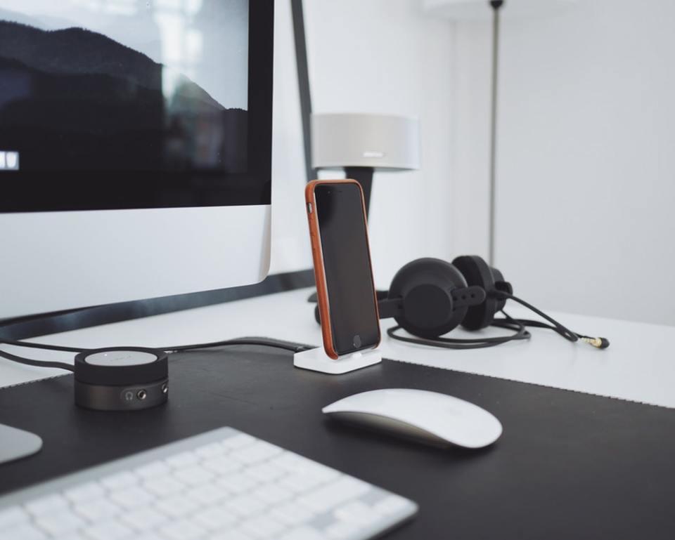 スマホがあればパソコンはいらない?PCの必要性やメリットを紹介