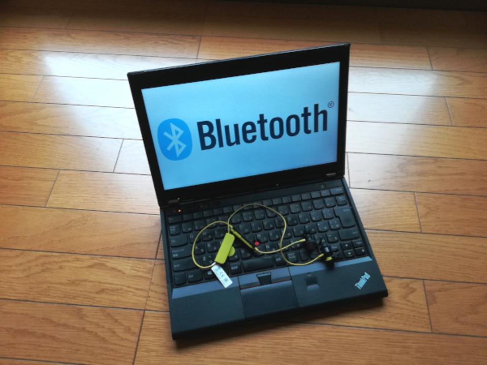パソコンでBluetoothイヤホンを使う方法を解説。設定方法は?