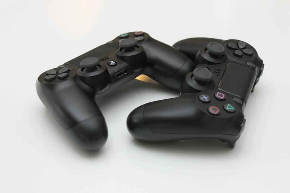 PS4のシェアプレイって何?対応ソフトや通信速度について解説!