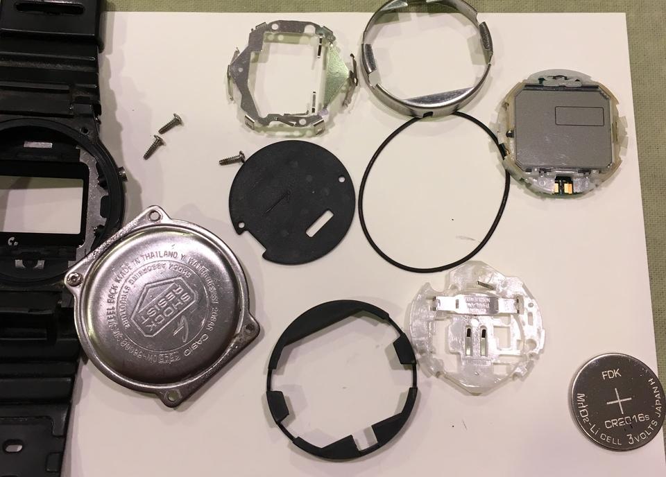 Gショックの電池交換の値段の相場はいくら?一般の時計販売店でもできる?