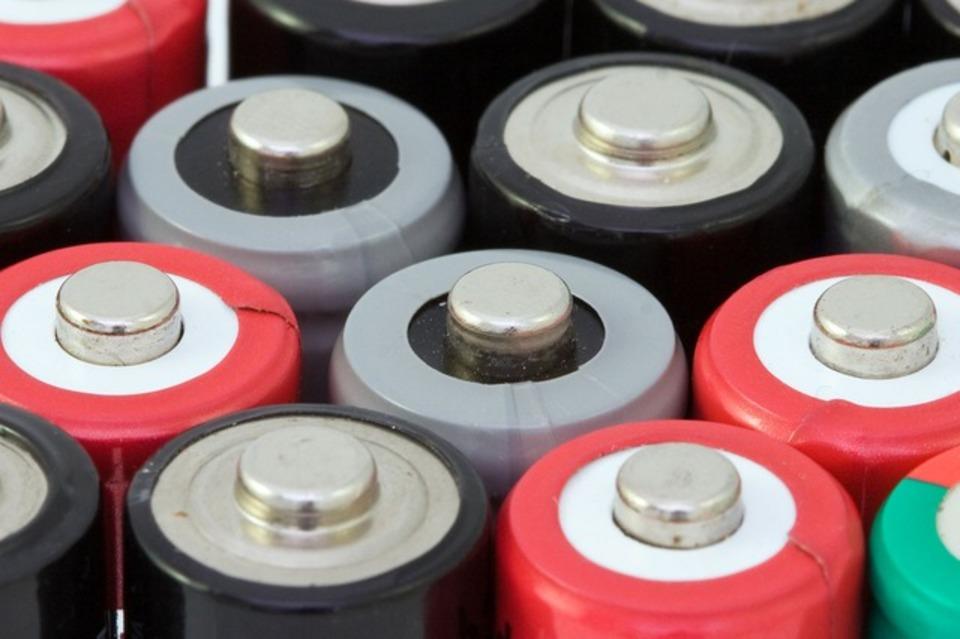 ニッカドの電池の寿命とは?寿命の来たニッカド電池を復活させるには?