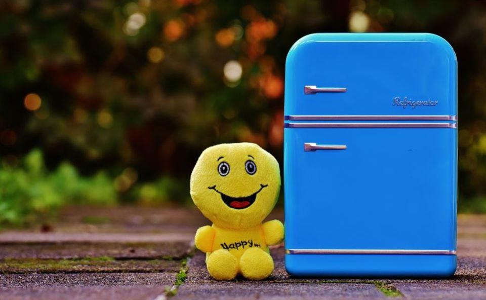 化粧水を冷蔵庫で保存して冷やすのは効果がない?正しい保存方法!