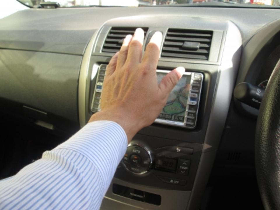 車のヒーターコアとは?詰まりの症状や洗浄方法,修理/交換費用も紹介