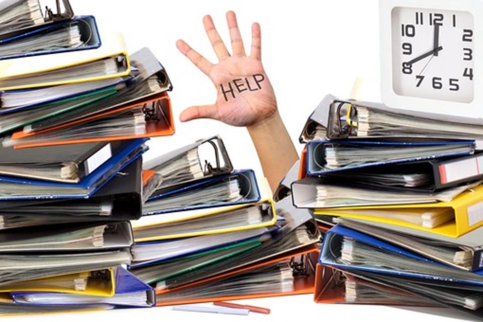 Gmail 設定 Google グループ 一斉 スマホ アンドロイド メール アドレス フォーラム ダウン 書類 溜まる 不達 混雑 まひ 大量 ヘルプ 埋