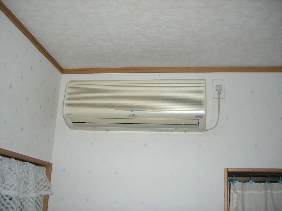 エアコン 室外機 動かない