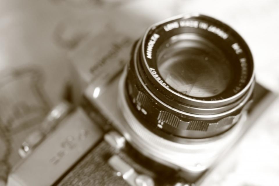 カメラのレンズにカビ