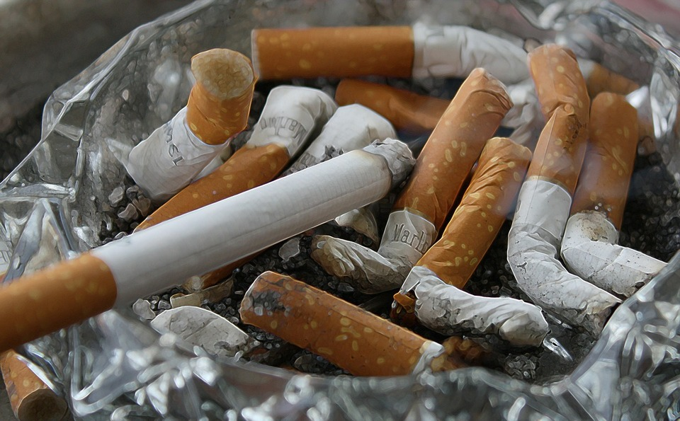 空気清浄機とタバコ3