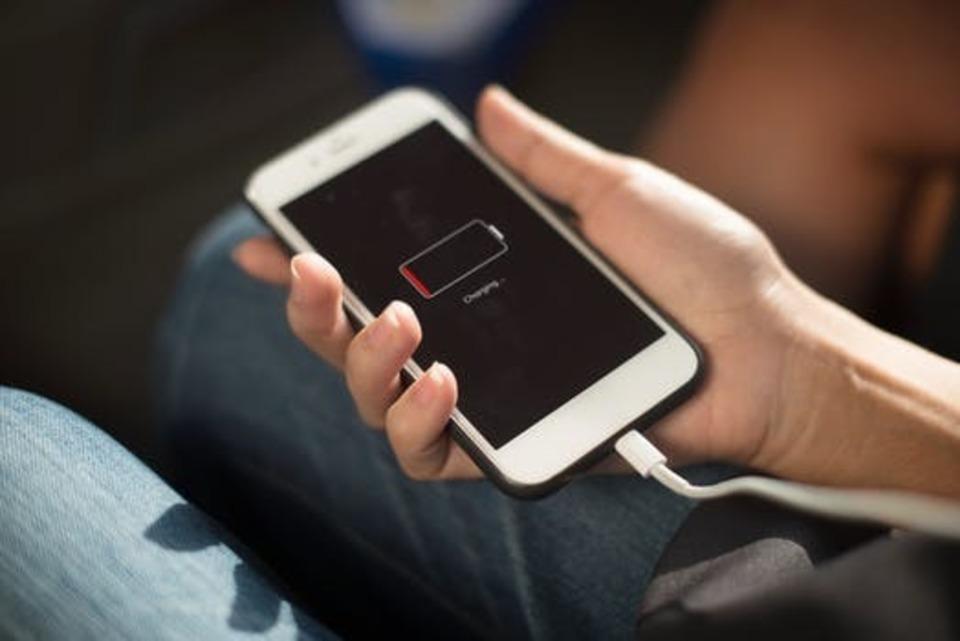モバイルバッテリーコンビニ おすすめ iphone