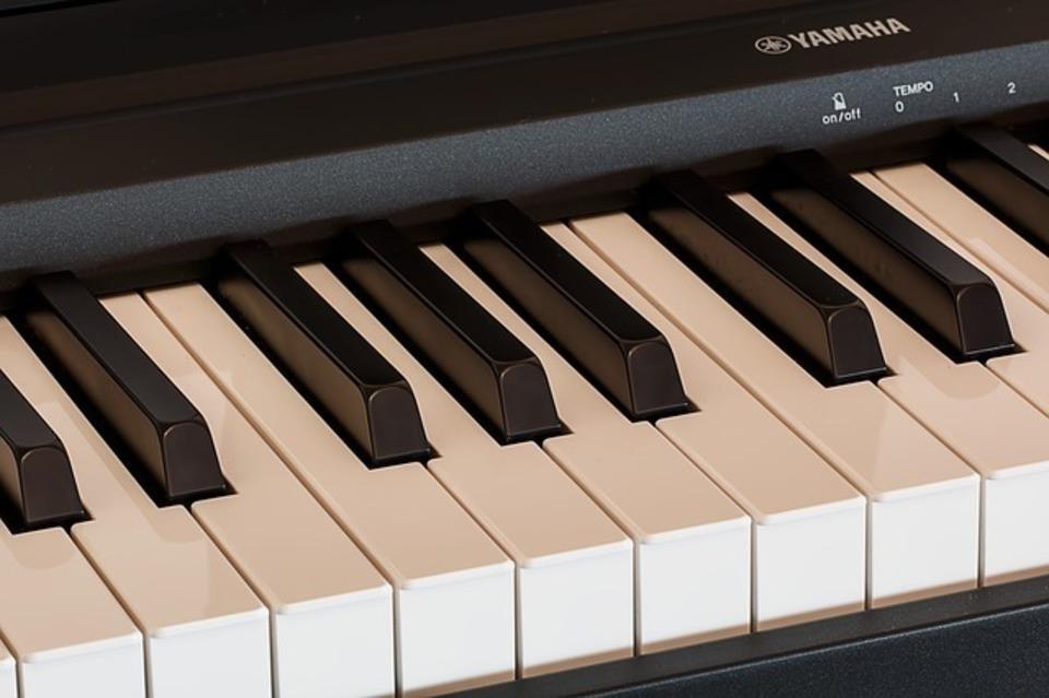ピアノについているペダルの種類とは