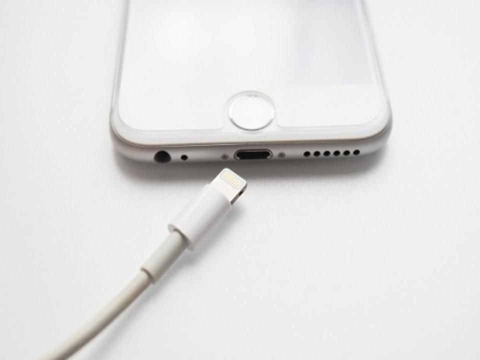 iPhone 接続