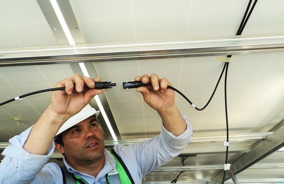 スイッチ紐 ケーブル 電線 工事 接続 通信