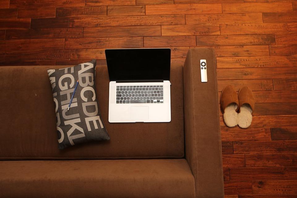 床暖房 後付け ソファ PC IT 部屋 自宅