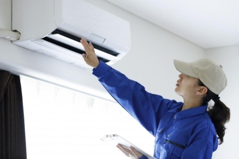 エアコン 異音 クリーニング 設置
