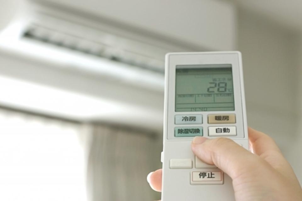 エアコン 異音 故障 リモコン 設定 温度