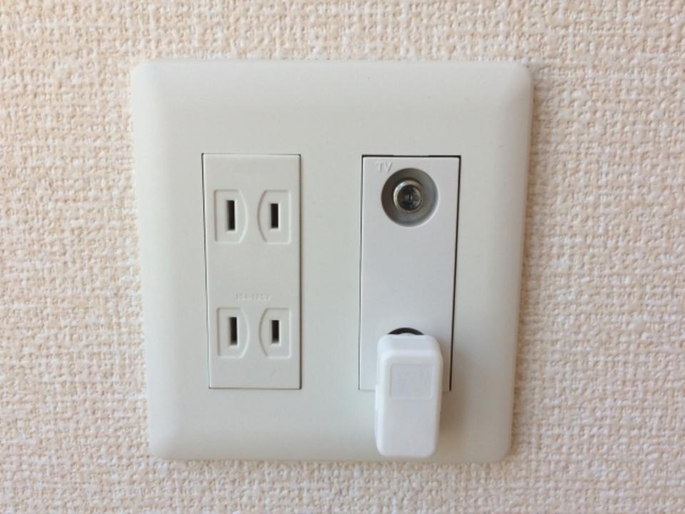 テレビ延長ケーブルコンセント