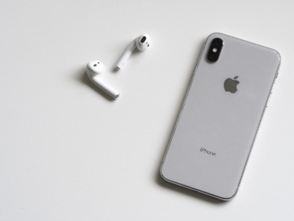 iPhone ヘッドホン イヤホン