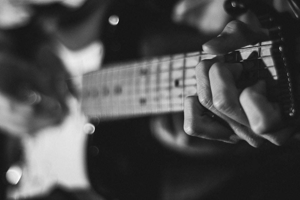 ギター イヤホン