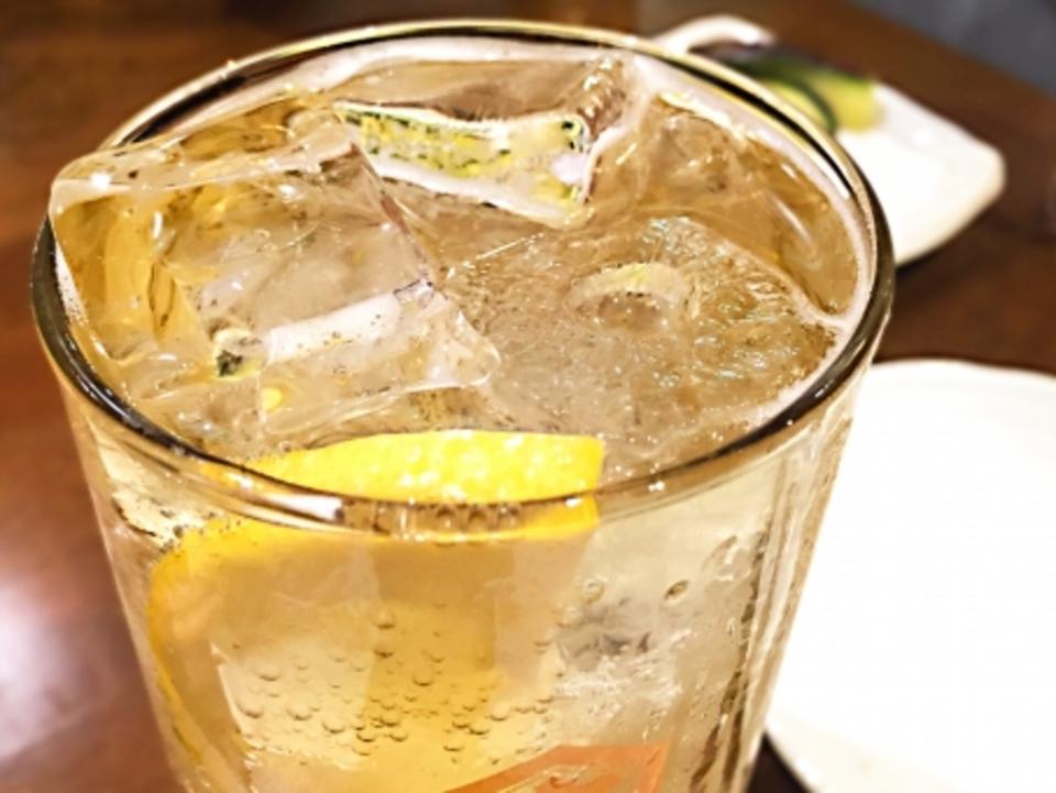 日本酒 冷凍 保存 大丈夫 問題 味 冷凍庫 冷蔵庫 氷 凍結 何度 雪 霜