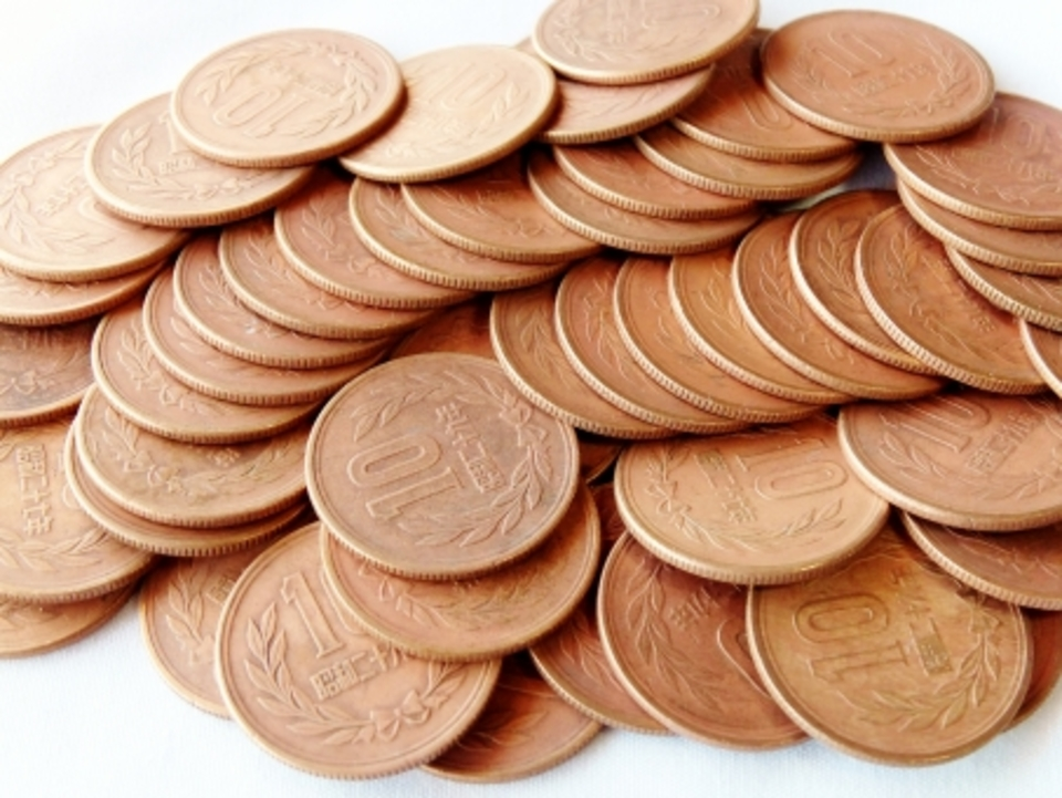 スピーカー 配置 10円 10円玉 硬貨 金