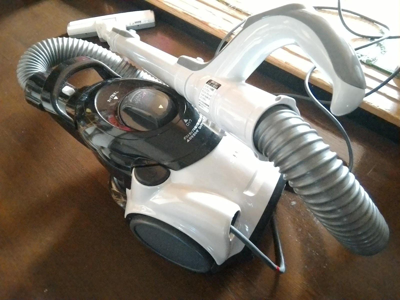 シャープサイクロン掃除機 『EC-CT12』