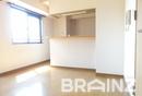 西鉄平尾駅徒歩7分。ネット無料のマンション。敷地内カフェあります。