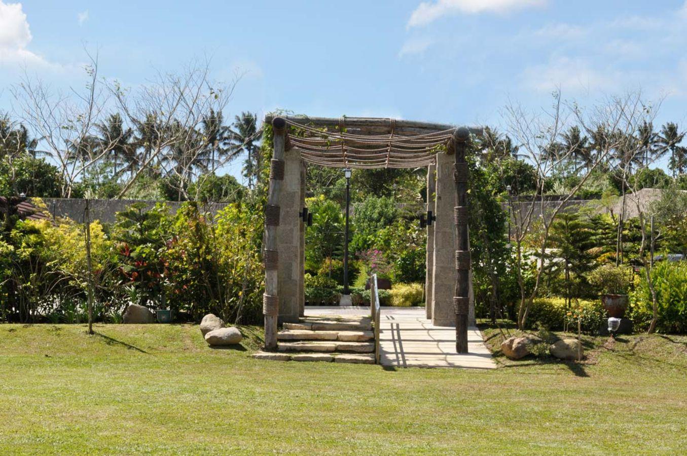 Garden gazebo silang wedding rates - Los Arboles Tagaytay In Tagaytay City Cavite