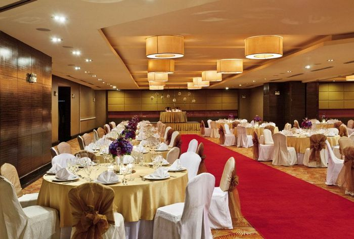 Crowne Plaza Manila Galleria venue photos big 2