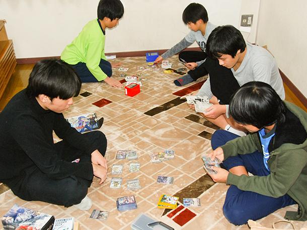 「児童養護施設 東京家庭学校」へのカードゲーム寄贈